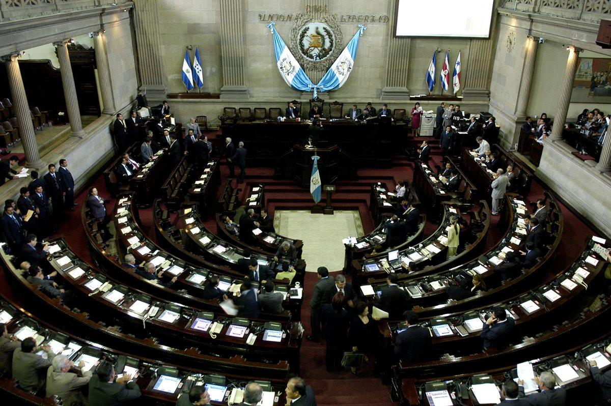 CSJ da trámite a antejuicio contra presidenciable de FCN-Nación, seis diputados y ministro de Economía