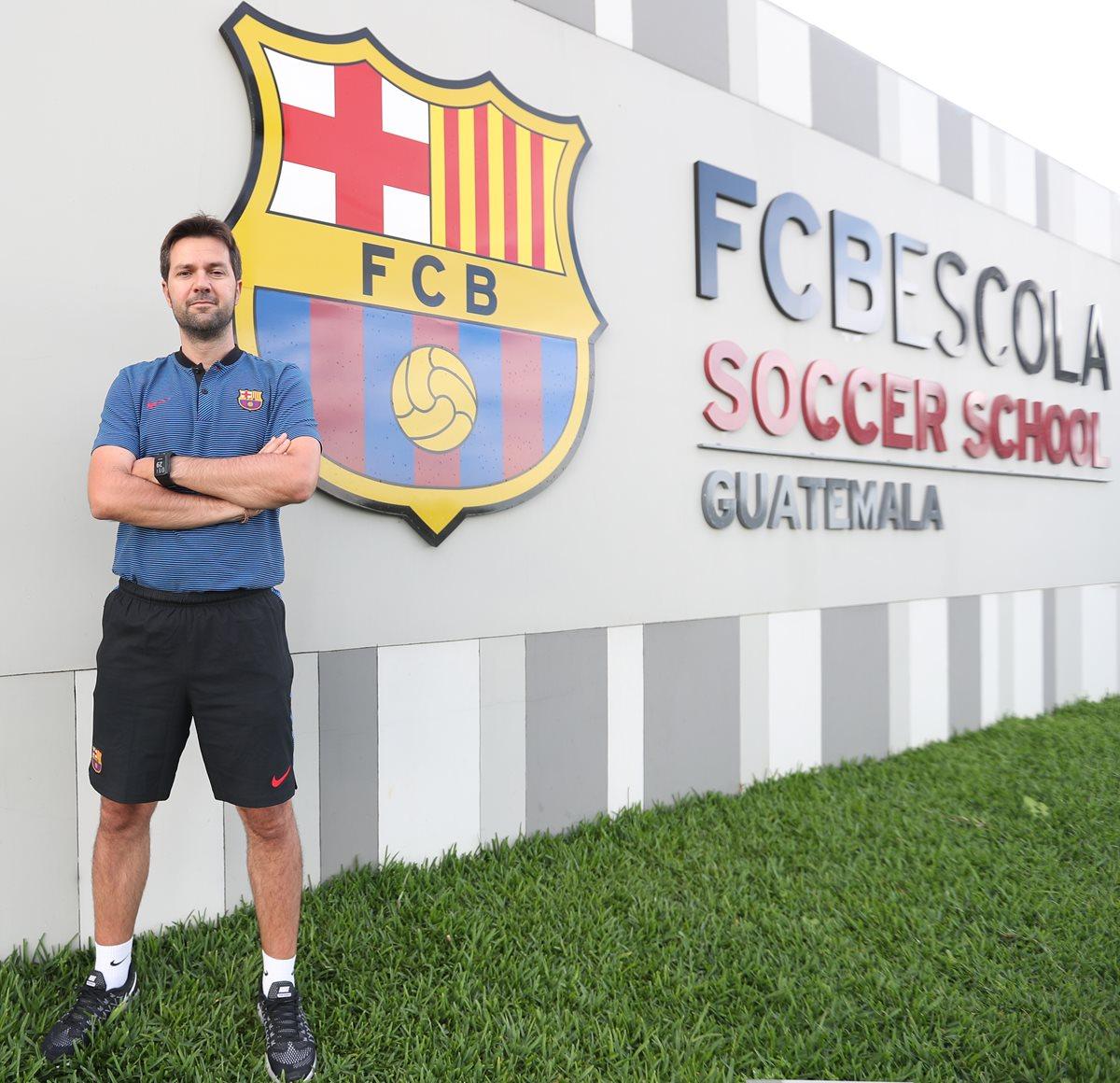 Director de las escuelas de futbol del Barcelona asegura que los jugadores guatemaltecos son técnicos y talentosos