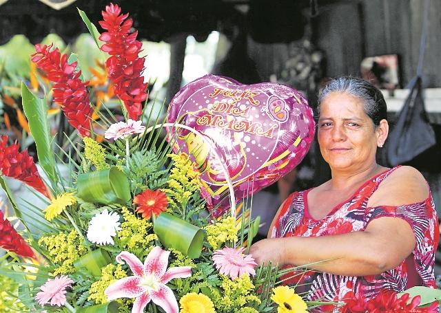"""En Guatemala el 10 de mayo se celebra el """"Día de la madre"""". (Foto Prensa Libre: Hemeroteca PL)"""