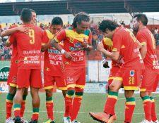 Malacateco podría perder puntos sino le cancela su deuda a Jucup y Murga. (Foto Prensa Libre: Hemeroteca)