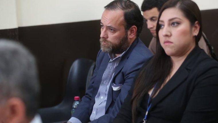 Juan Arturo Jegerlehner Morales, concuño del exministro de Comunicaciones, Alejandro Sinibaldi, asiste a audiencia en el Juzgado de Mayor Riesgo D. (Foto Prensa Libre: Erick Avila)