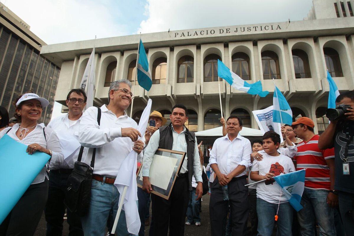 Abogados y ciudadanos se solidarizan con Miguel Ángel Gálvez
