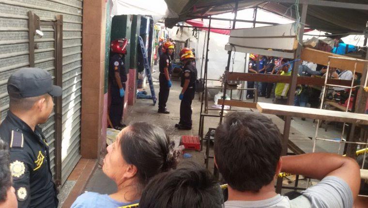Las cuatro víctimas eran vendedores de dulces en autobuses.(Foto Prensa Libre: Álvaro Interiano)
