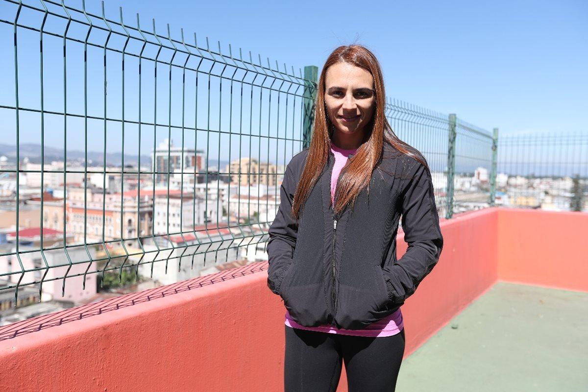 Alejandra Duarte inicia el reto de 37 cumbres en 15 días