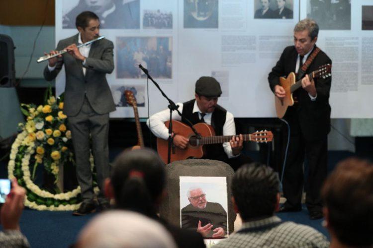Artistas guatemaltecos interpretan distintos temas como homenaje a Galich
