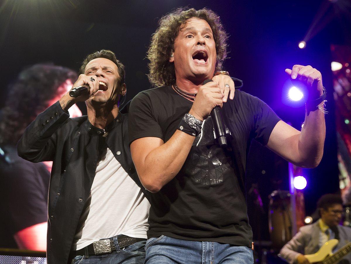 Con su tour Unido2, Carlos Vives y Marc Anthony están en el puesto ocho de la lista. (Foto Prensa Libre: AP)