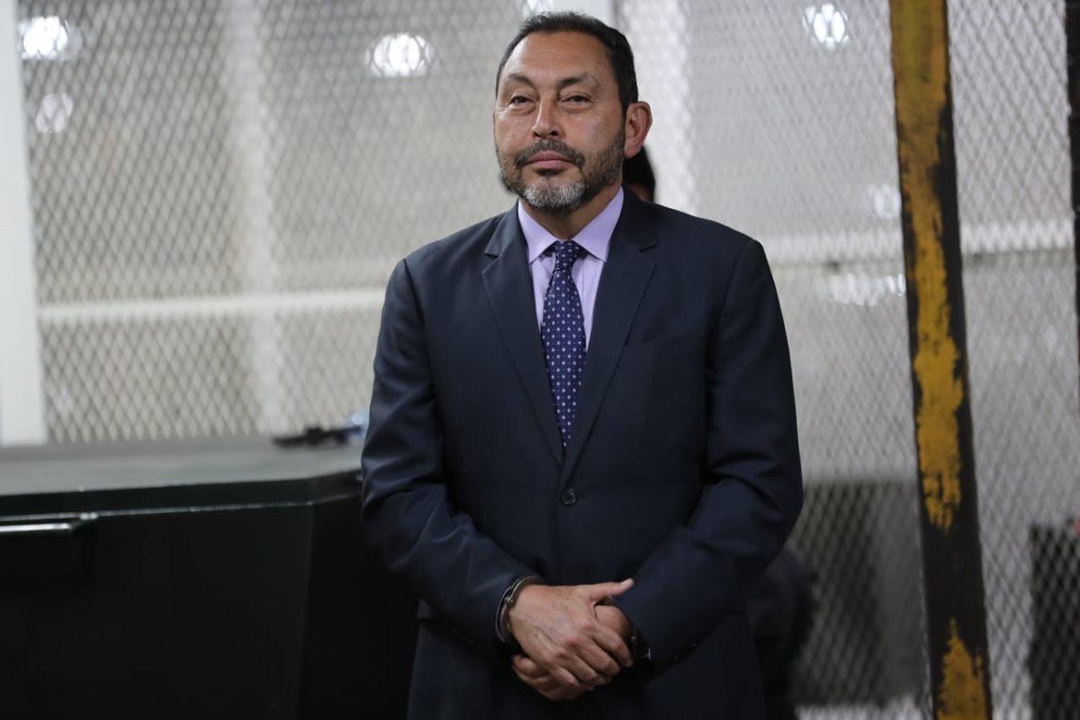Mauricio López Bonilla recibe condena de ocho años y medio de prisión por fraude