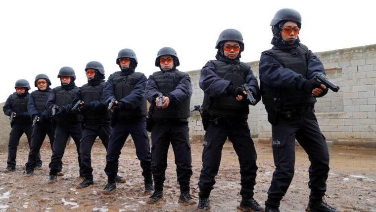 El presunto atacante fue capturado por las fuerzas de seguridad de Turquía. (Foto Prensa Libre: Twitter Policía de Turquía)