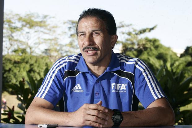 El árbitro Rodolfo Sibrián es acusado de acoso contra una árbitra. (Foto Prensa Libre: tomada de internet)