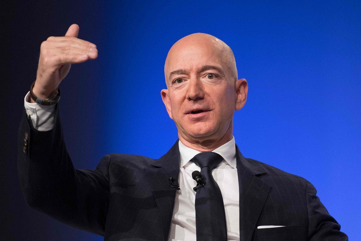 La fortuna de Bezos, CEO de Amazon, se incrementó en US$78.500 millones en el último año. (Foto Prensa Libre: AFP)