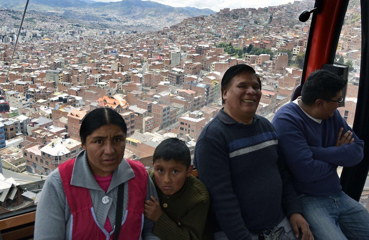La mayor red de teleféricos del mundo surcará los cielos en Bolivia