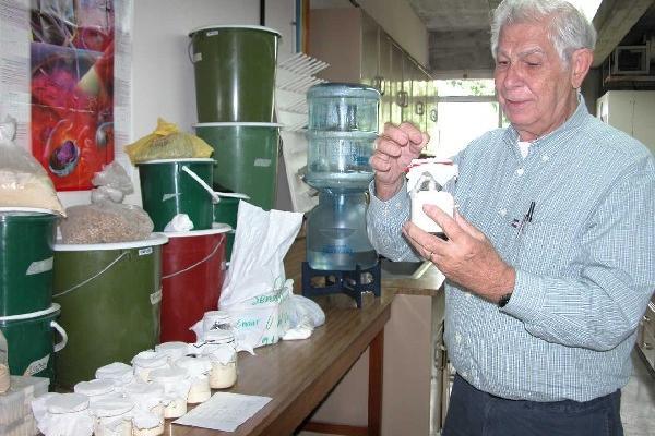 Ricardo Bressani, académico reconocido a nivel mundial por su aporte en la lucha contra la desnutrición. (Foto: Prensa Libre)<em></em>