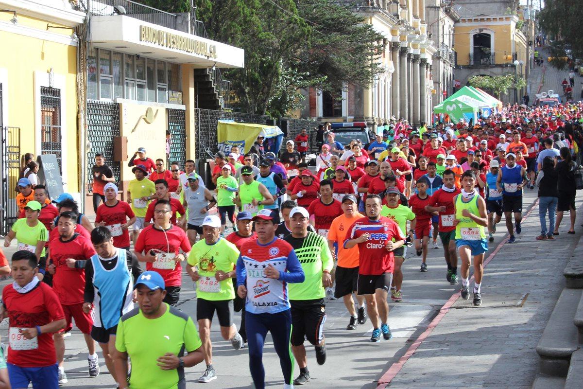 Quetzaltecos se unen en carrera por los niños