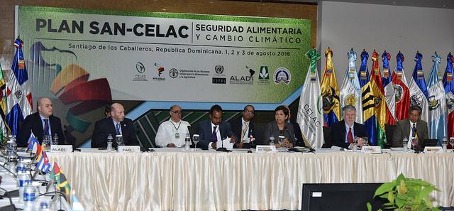 Ministros de ambiente de la región realizan el encuentro en República Dominicana. (Foto Prensa Libre: Cortesía FAO)