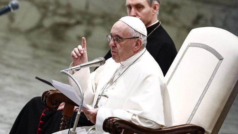 El papa Francisco ha tratado de remarcar la cercanía y misericordia que la Iglesia debe tener con sus fieles. (Foto Prensa Libre: EFE)
