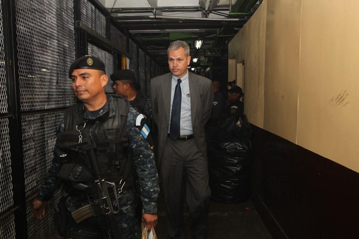 Diputado Christian Boussinot enviado a prisión provisional por caso de plazas fantasma