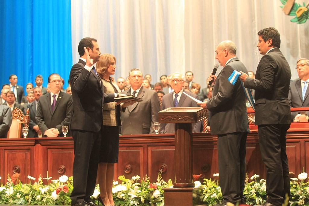 El presidente Jimmy Morales durante la toma de posesión el 14 de enero de 2016. (Foto Prensa Libre: Hemeroteca PL)