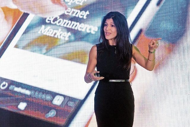 Sandra Quintero fue invitada especial del evento del semanario Efectivo, de Prensa Libre, quien compartió las últimas tendencias en marketing digital. (Foto Prensa Libre: Esbín García)