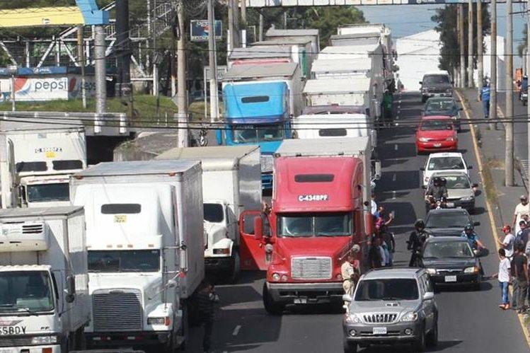 CC anula incremento en multas al transporte pesado por circular en hora pico en la capital