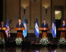 Los presidentes del Triángulo Norte se reunieron con el vicepresidente estadounidense Mike Pence. (Foto Prensa Libre: Estuardo Paredes)