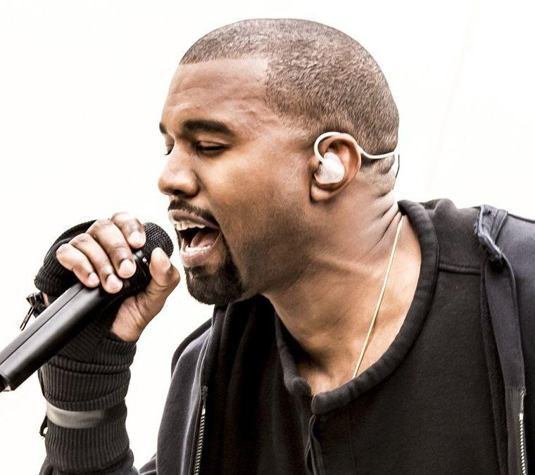 Kanye West es el noveno artista con más ventas digitales con más de 30,2 millones de descargas a nivel mundial. (Foto Prensa Libre: Brian J Ritchie).