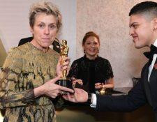 La actriz estadounidense Frances McDormand fue víctima del robo de su Oscar, pero lo recuperó a las horas. AFP