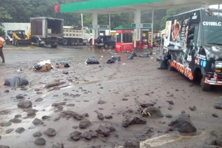 El Ejército de Guatemala informó que estará evacuando las comunidades cercanas de la aldea El Rodeo, Escuintla.