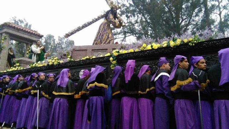 La procesión de Jesús de la Merced es una de las más emblemáticas. (Foto Prensa Libre: Hemeroteca PL).