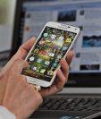 La licitación de la banda AWS, considerada como la ideal para que corra la banda 4G y que permitiría que los usuarios tengan mejores conexiones móviles, se encuentra entrampada por procedimientos que han sido cuestionados. (Foto Prensa Libre: HemerotecaPL)