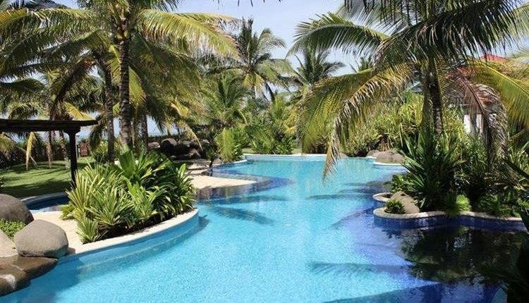 La piscina principal de la casa. (Foto Prensa Libre: MP).