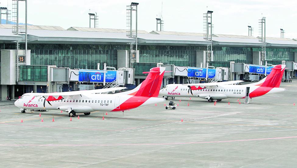 Diputados rechazan nombrar al aeropuerto Monseñor Juan José Gerardi