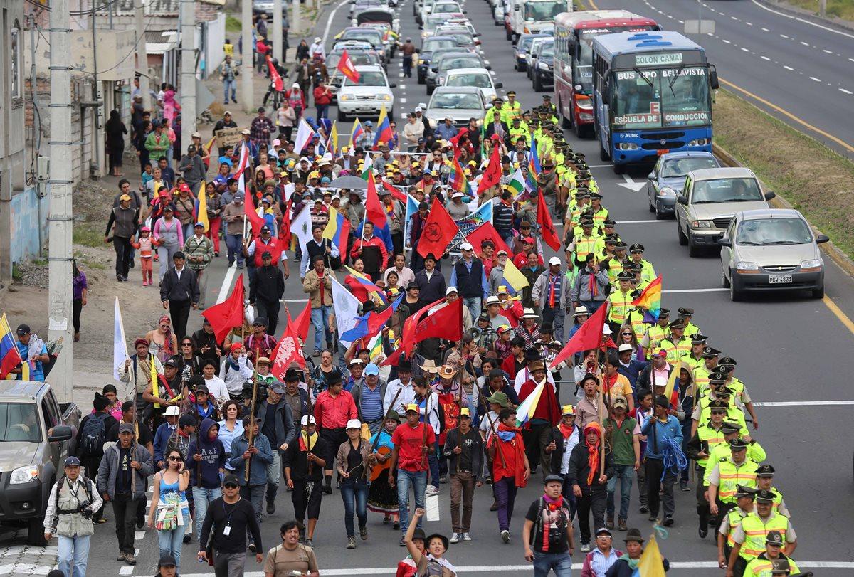 Descontento con Correa moviliza a indígenas en Ecuador