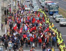 <em>El oficialismo cree que este nuevo intento de la oposición por reorganizarse será un fracaso. (Foto Prensa Libre: EFE).</em>