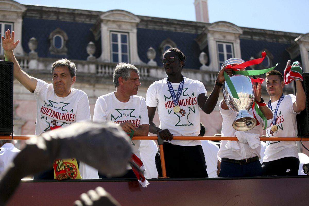 Lanza un libro Éder, héroe de la primera Eurocopa lusa