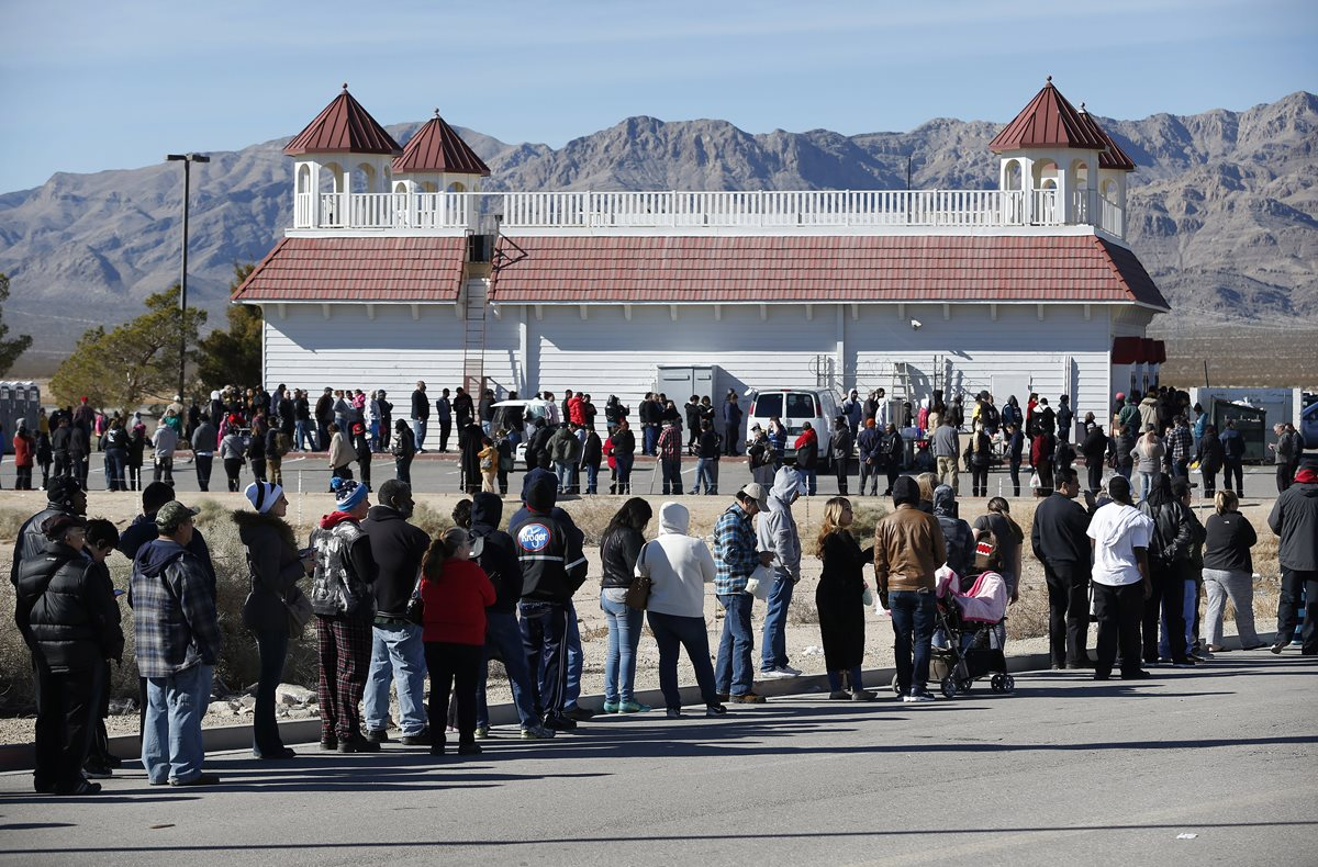 EE. UU. en vilo por sorteo de loteria récord de US$1 mil 500 millones