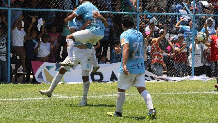 Sanarate sigue sin ser derrotado en el estadio Municipal y este domingo se quedó con un empate. (Foto Prensa Libre: Hugo Oliva)