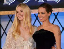 Elle Fanning y Angelina Jolie siguen siendo las protagonistas de la cinta Maléfica 2. (Foto Prensa Libre AFP)