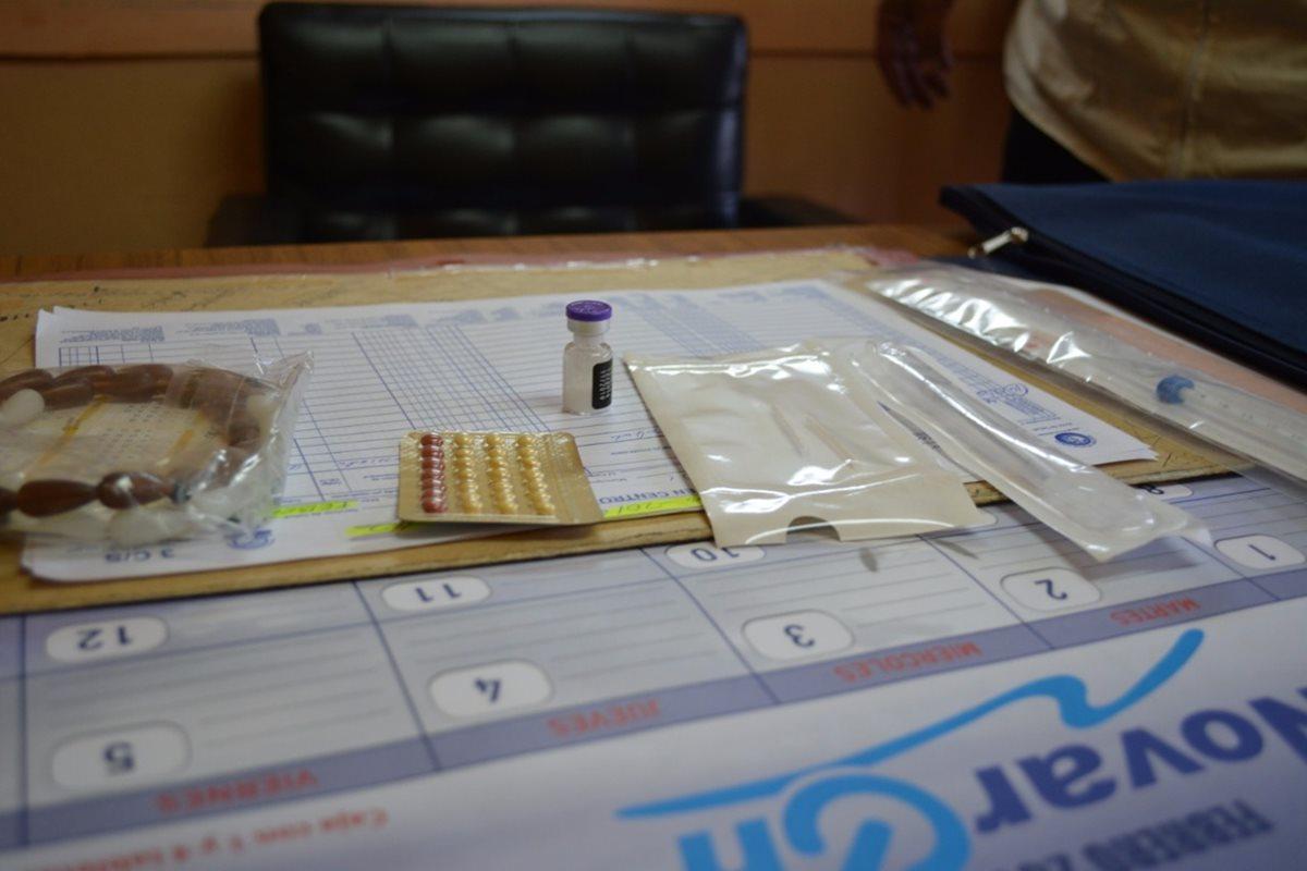 Durante los primeros seis meses del 2017 el Área de Salud de Quetzaltenango ha aplicado 23 mil 718 métodos de inyección de tres meses y 8 mil 215 orales. (Foto Prensa Libre: María José Longo)