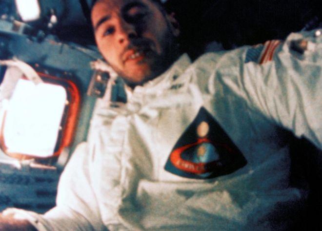Bill Anders fue uno de los primeros astronautas en abandonar la órbita terrestre. Lo hizo a bordo del Apolo 8 en diciembre de 1968. NASA