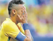 Neymar recordó el Mundial de Brasil 2014 y los momentos difíciles que pasó por una lesión. (Foto Prensa Libre: Hemeroteca PL)