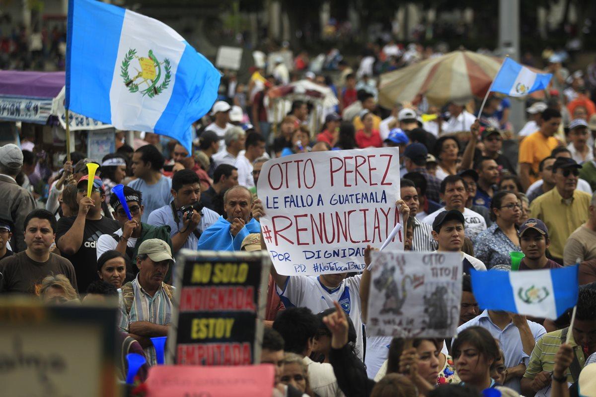 Primera manifestación contra la corrupción marca la historia