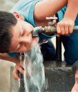 Consumir agua con arsénico es dañino para la salud. (Foto Prensa Libre: Hemeroteca PL).