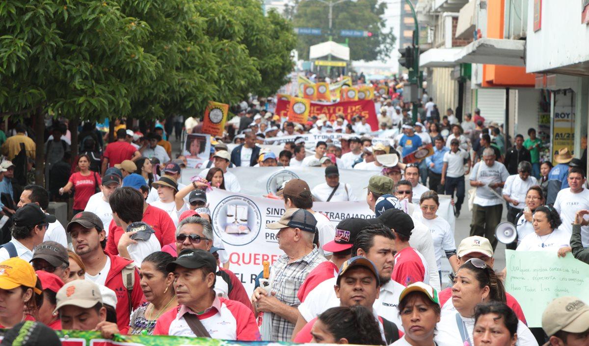 El sector trabajador pidió a la OIT instalar una comisión de encuesta en Guatemala, en 2012, para investigar los asesinatos de sindicalistas. El caso fue cerrado. (Foto Prensa Libre: Hemeroteca)
