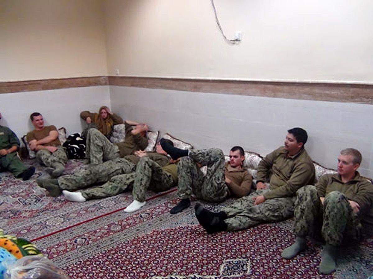 EE. UU. confirma liberación de 10 marineros retenidos en Irán