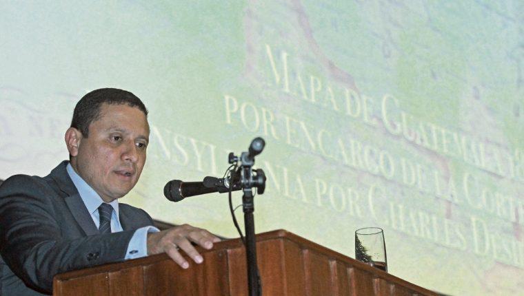 Carlos Raúl Morales, canciller guatemalteco, espera que la consulta popular se pueda realizar este año. (Foto Prensa Libre: Álvaro Interiano)