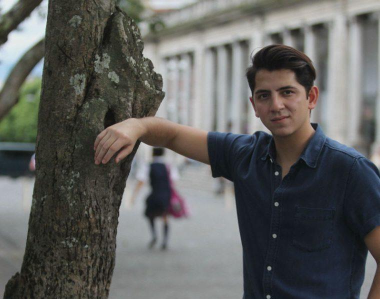 """Alejandro Sago promociona el tema """"Temblando"""". (Foto Prensa Libre: Keneth Cruz)"""