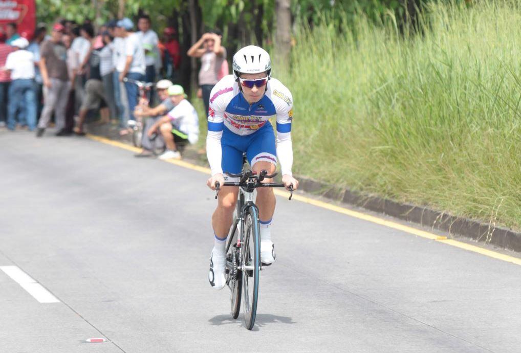 Manuel Rodas se impone y es el primer líder de la Vuelta a Guatemala