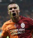 Podolski se une a la lista de jugadores que emigrarán hacia el futbol chino. (Foto Prensa Libre: Hemeroteca)