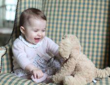 La princesa Charlotte cumple 6 meses de vida este domingo. (Foto Prensa Libre: EFE).