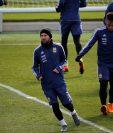 Leo Messi puede aparecer en el duelo frente España. (Foto Prensa Libre: EFE)